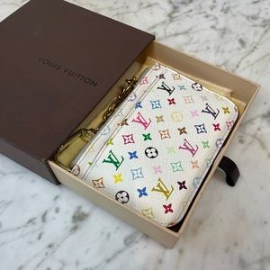 ⭐️Louis Vuitton LE White Multicolor Key Cles Pouch